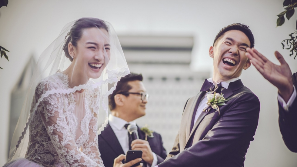 China orders end to luxurious and extravagant wedding ceremonies